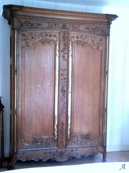 Armoire normande du XIXe siècle - Saint Germain des Prés