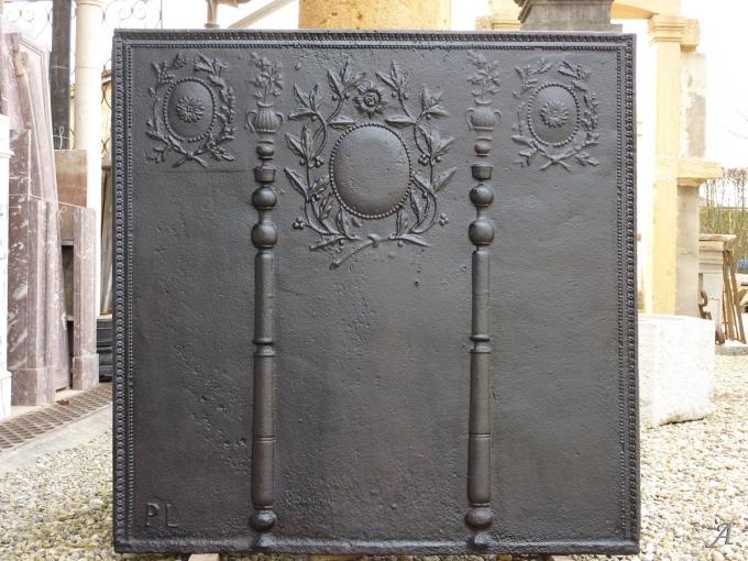 Plaque de cheminée d'époque Louis XVI - Les Chères