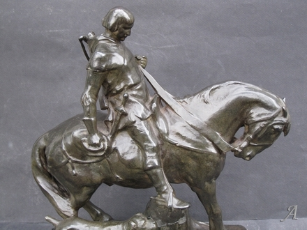 Sculpture Hans Muller, chasseur féodal et son chien - Paris