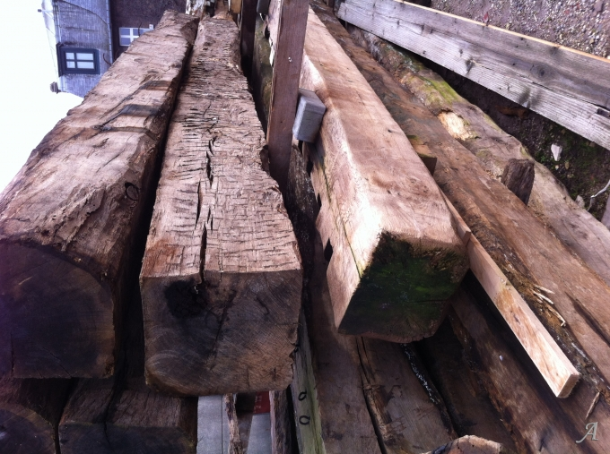Grandes poutres en chêne du XVIIIe siècle - Tourcoing