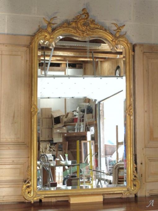 Miroir ancien de style Louis XV doré - Notre Dame du Touchet