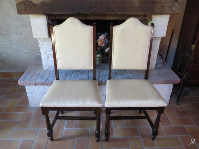 Paire de chaises Louis XIII - La Chevrolière