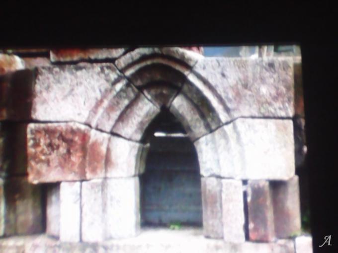 Voute gothique en granit - Viessoix