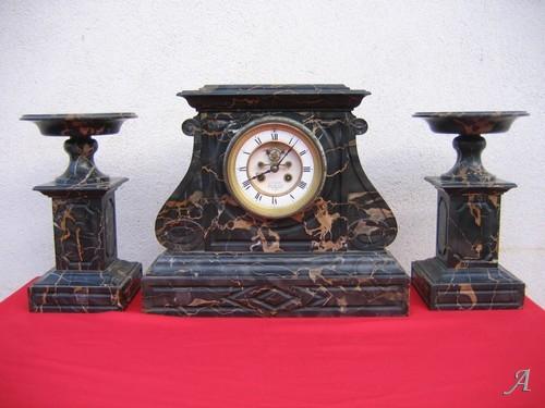 Ensemble de cheminée en marbre avec pendule - Argenton sur Creuse