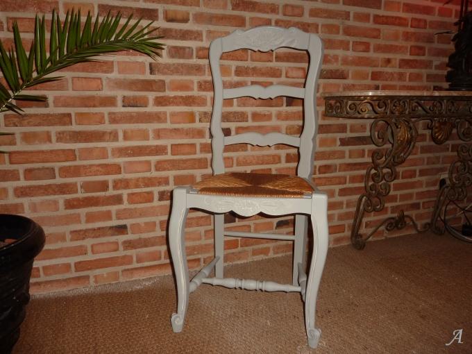 4 chaises de style Louis XV - Aumale