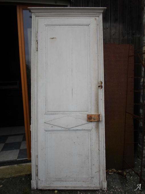 Porte ancienne de style directoire - La Brûlatte