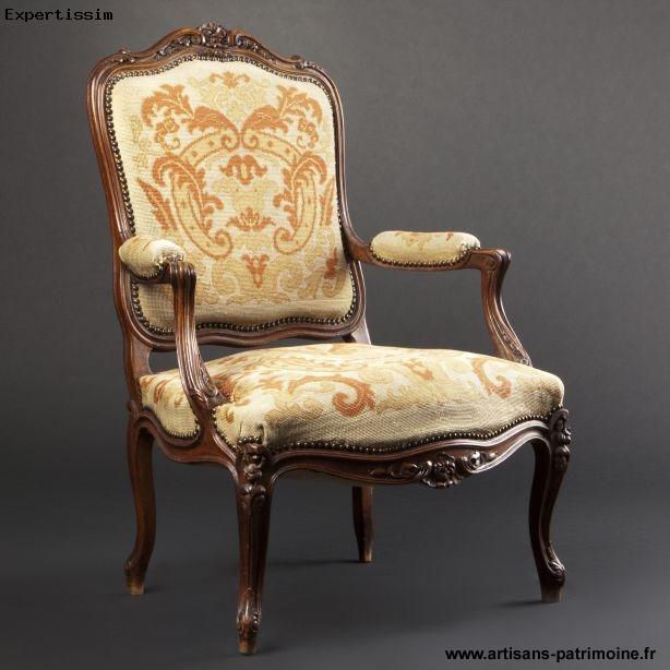 Large fauteuil à dossier plat de la fin du XIXe siècle - Paris