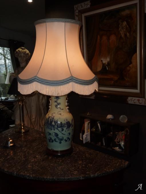 Vase Chinois ancien en porcelaine vers 1900 transformé en lampe - Aumale