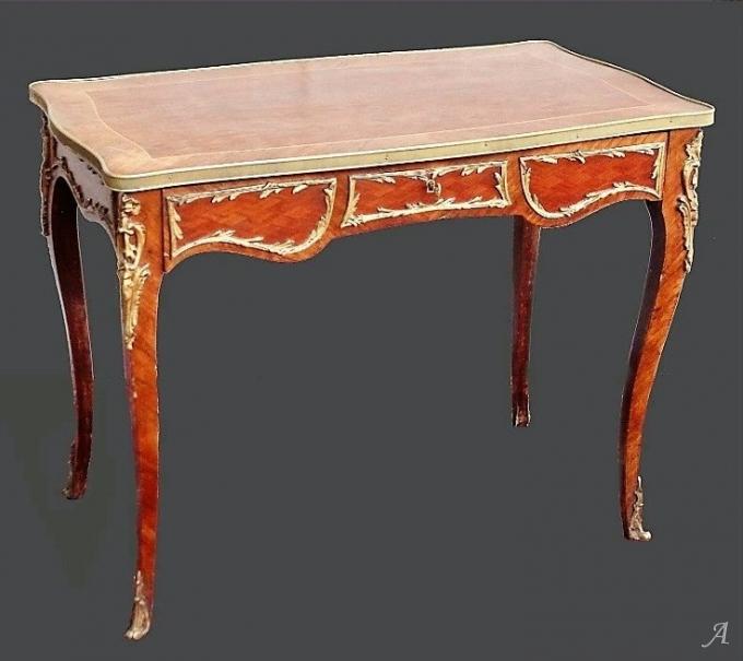 Bureau de dame  de style Louis XV et d'époque Napoléon III - Peronnas