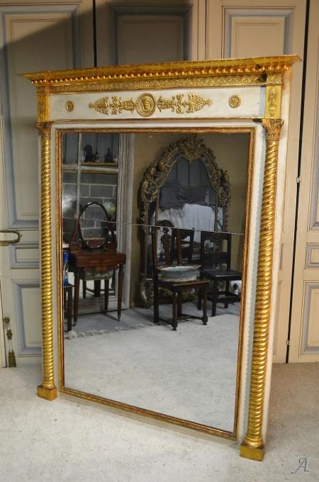 Miroir en stuc et bois doré d'époque Empire - Notre Dame du Touchet