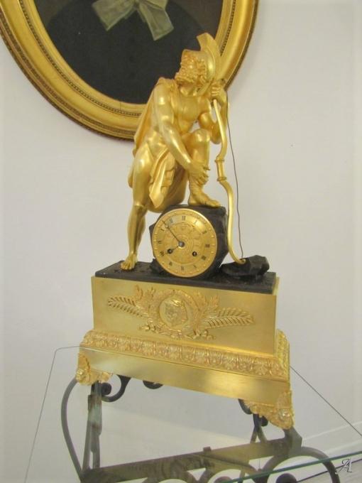 Pendule Empire en bronze doré  - Villeurbanne