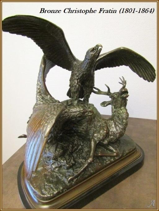 Bronze de Christophe Fratin -  Cerf attaqué par deux aigles - Villeurbanne