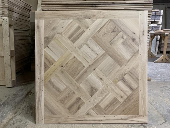 Panneaux de parquet Versailles en chêne ancien - Unirea