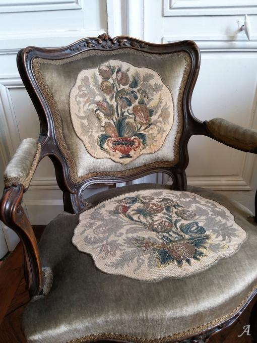 Paire de fauteuils cabriolet d'époque Louis XV et XVIIIe siècle - Châteaubriant