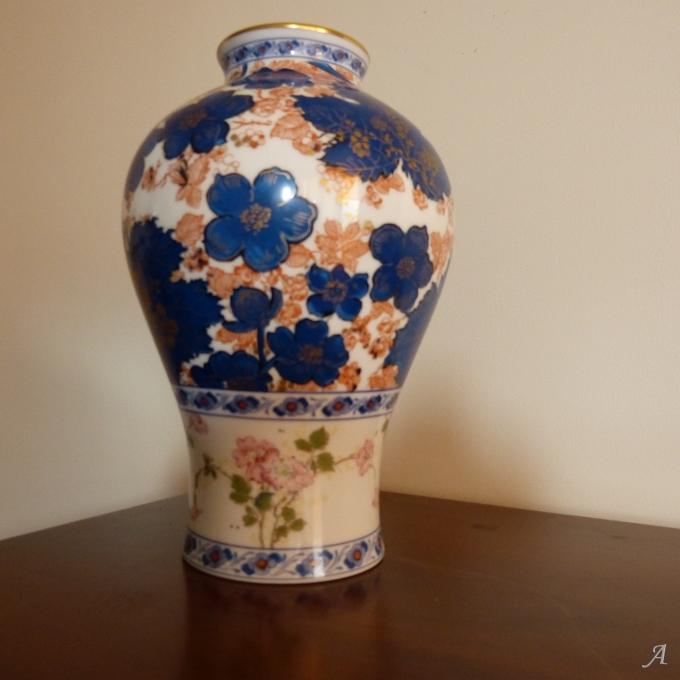 Vase en porcelaine Haviland modèle Dammouse - 1