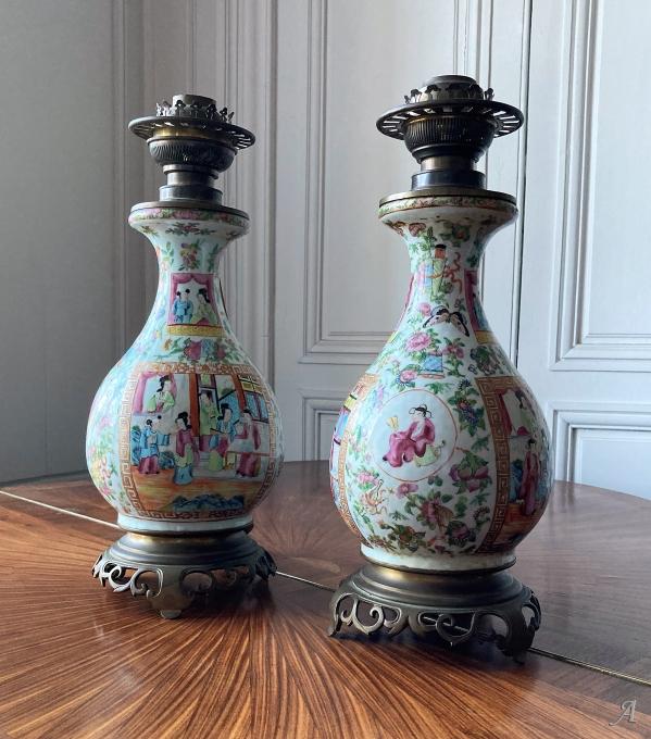 Paire de lampes en porcelaine de Canton Chine XIXe siècle - Châteaubriant