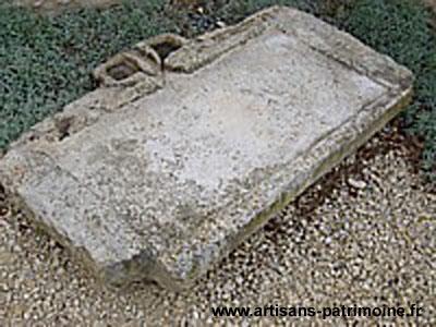 Evier en pierre - Saint Sauvant