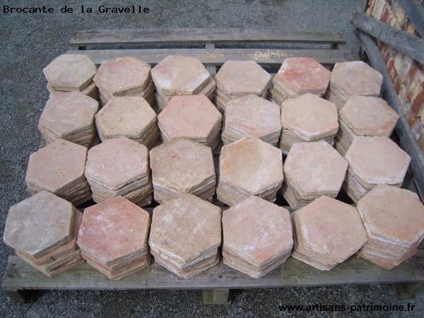 Tomettes hexagonales en terre cuite - La Brûlatte