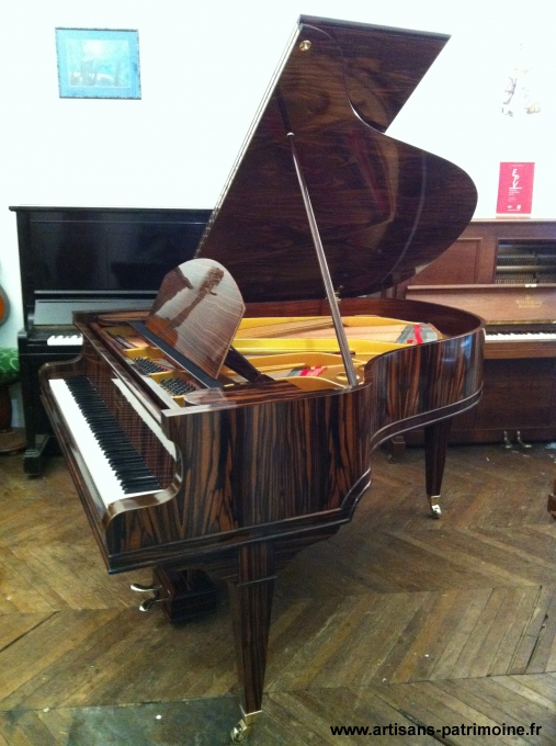 Piano grand quart Gaveau Art Déco de 1928 en ébène de Macassar - Paris
