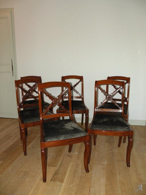 Suite de 6 chaises acajou d'époque Restauration - Nantes