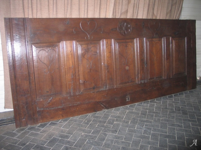 Façade de coffre du XVIIIe siècle - Brugheas