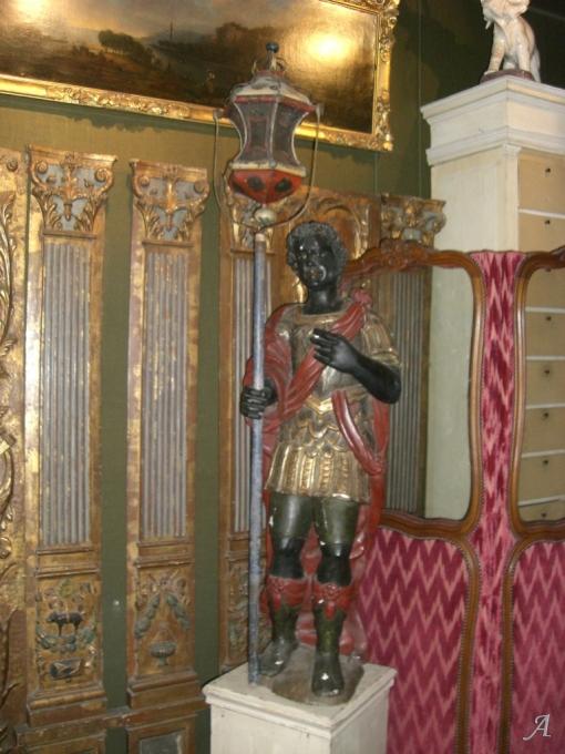 Grande statue en bois polychrome du XVIIe siècle - Paris
