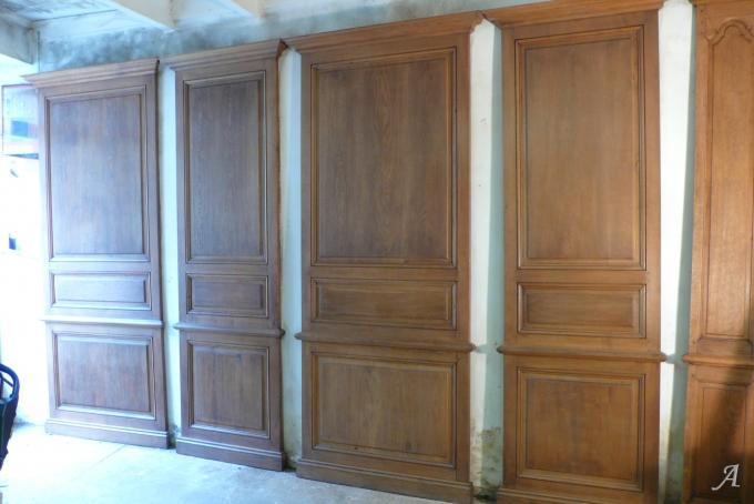 Panneaux de boiseries en chêne suivant modèle du XVIIIe siècle - Dangé Saint Romain