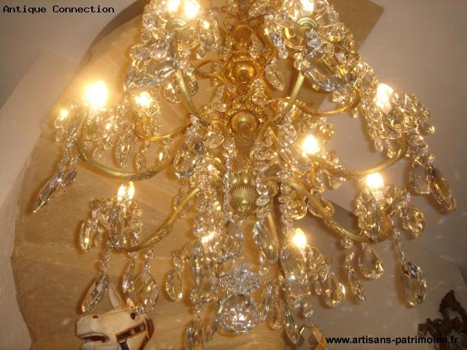 Lustre ancien à pampilles de cristal sur 3 niveaux 20 lumières - Cagnes sur Mer