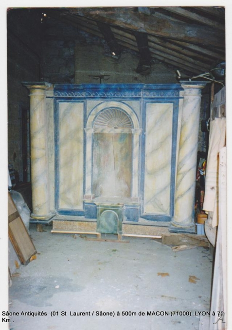 Partie haute d'un autel d'église du XVIIIe-XIXe siècle - Macon