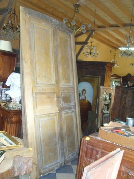 Deux vantaux de porte cintrés - La Brûlatte