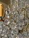 Lustre ancien à pampilles en cristal taillé, monture bronze 9 lumières XIXe - 3